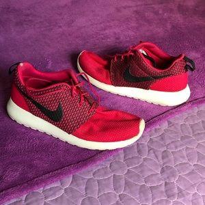 Rare Nike Roshe Pink/Black
